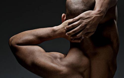Comment se muscler le cou sans se blesser?