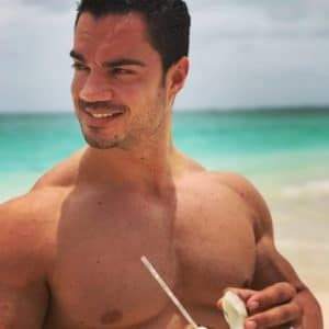 Comment limiter les dégâts en vacances ? Musculation et Nutrition