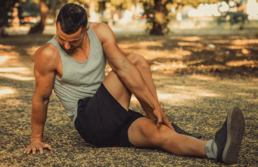 Comment bien s'étirer après une séance de musculation?