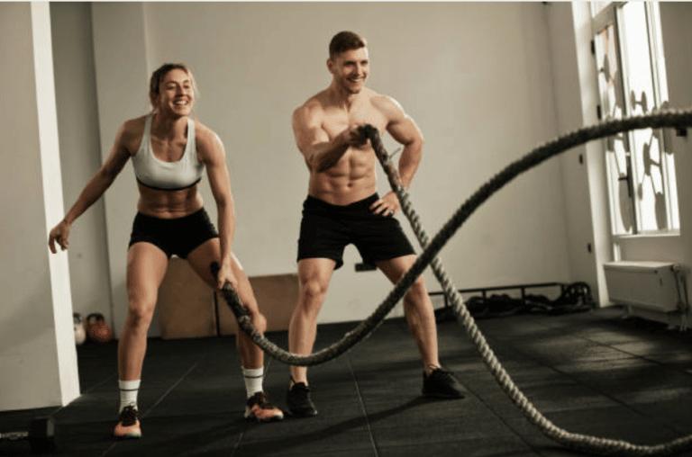 Tout savoir sur la corde ondulatoire (battle rope)
