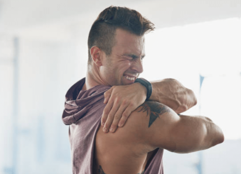 Faut-il continuer à faire du sport par dessus les courbatures ?