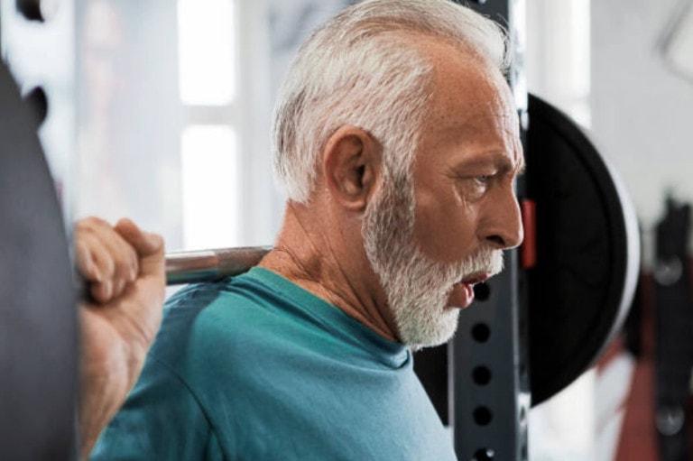 Quel programme de musculation choisir après 50 ans ?