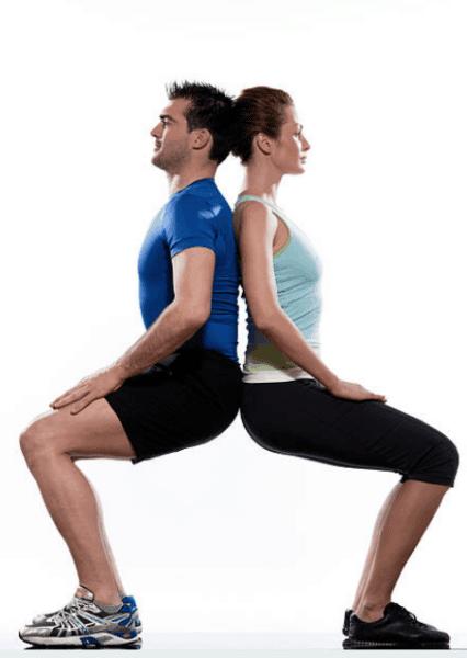 exercice de musculation en couple